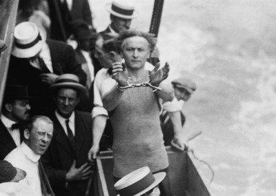 Harry Houdini Water Torture